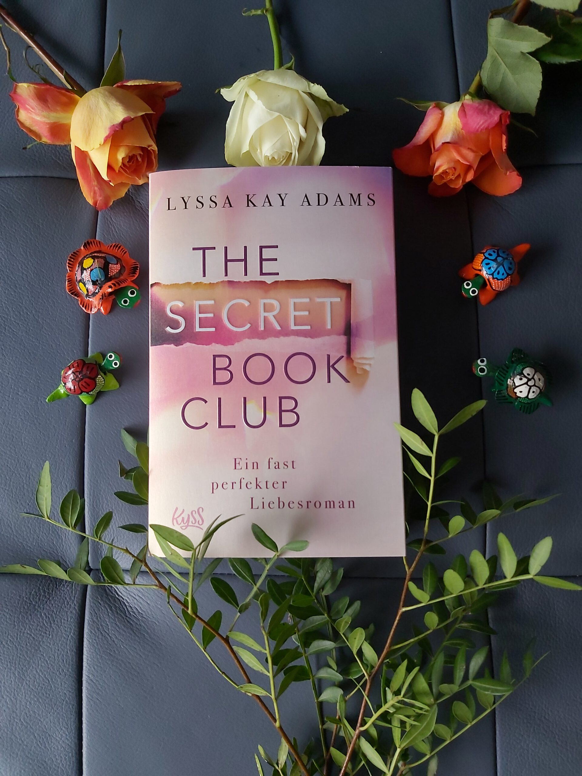 Rezension zu The Secret Book Club – Ein fast perfekter Liebesroman (The Secret Book Club-Reihe, Band 1)